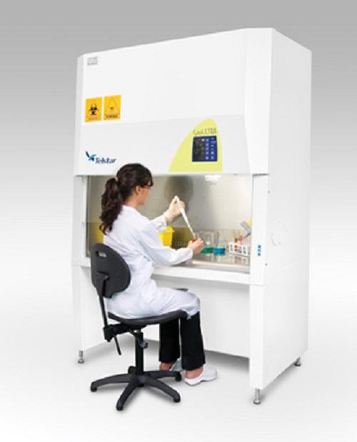 Бокс микробиологической безопасности класса II для цитотоксических препаратов